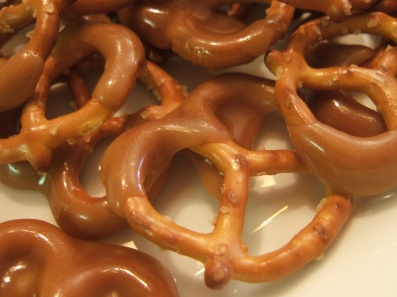 Caption Beautiful sweet and salty toffee pretzels.