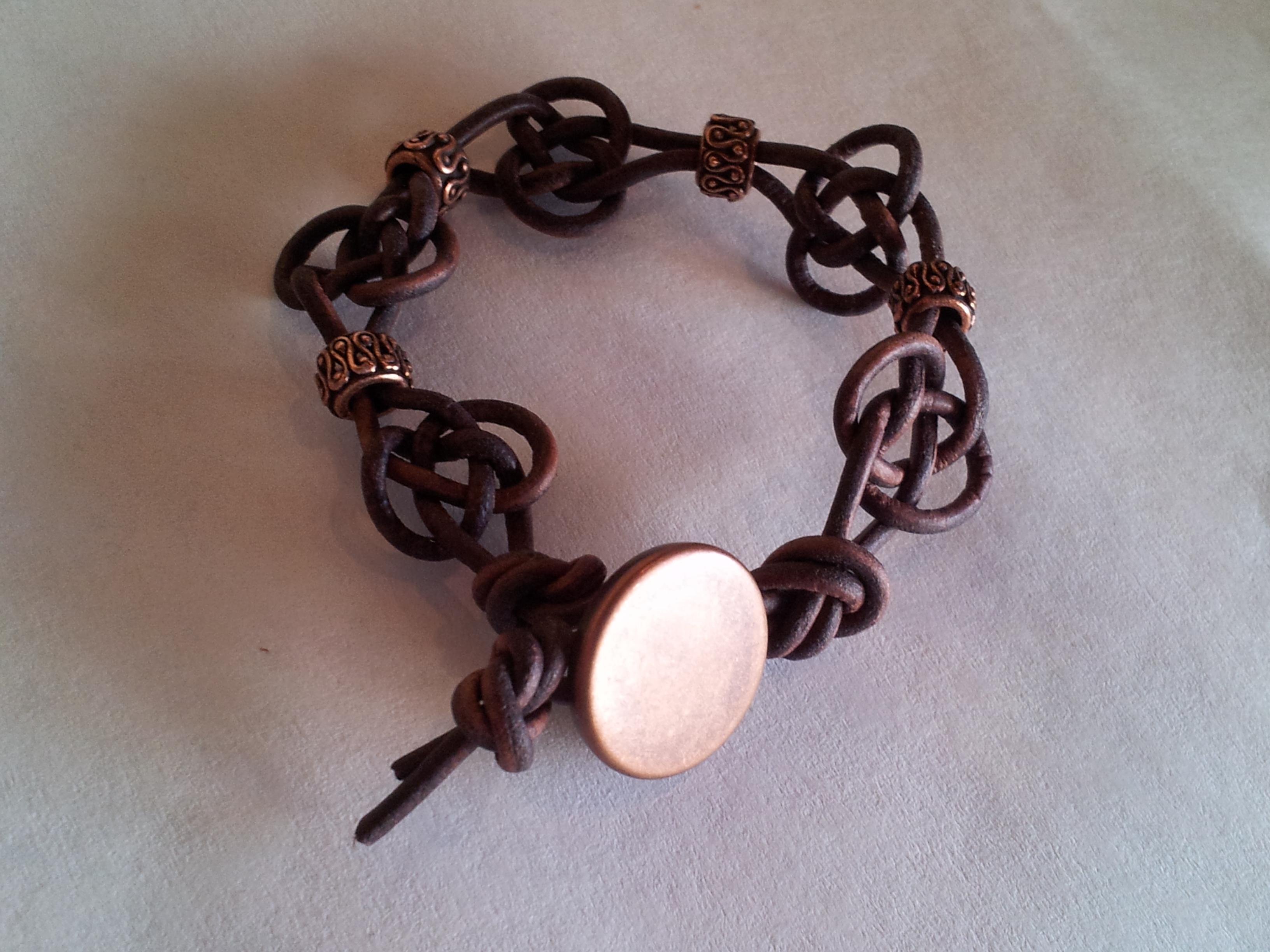 celtic knot bracelet tutorial the tamara blog. Black Bedroom Furniture Sets. Home Design Ideas