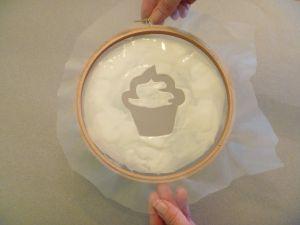 P1040492 Cupcake Underside