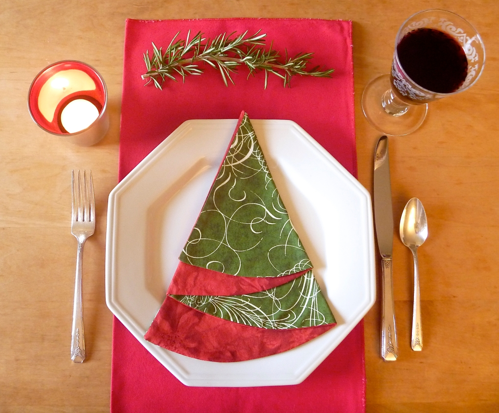 Green Scroll Napkin - The Tamara Blog